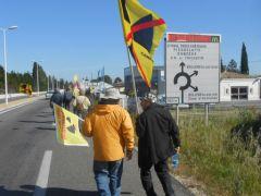 CAN84_marche-antinucleaire-pour-la-vie_Bollene_Tricastin_020.JPG