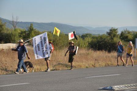 2012-08-18_CAN84_Marche-pour-la-Vie_vers-St-Paul-lez-Durance_libre-de-droit_Wolakota.jpg