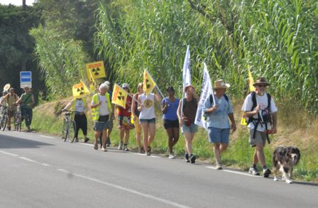 2012-08-20_CAN84_Marche-pour-la-Vie_Cheval-Blanc_Marcheurs_Wolakota.jpg