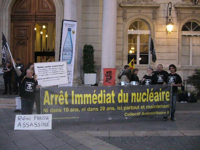 http://coordination-antinucleaire-sudest.net/2012/public/autres/P1020593.JPG