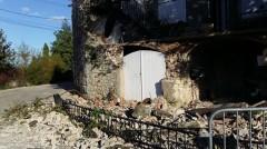 2019-11-11_seisme_LeTeil_effondrement-maison.jpg