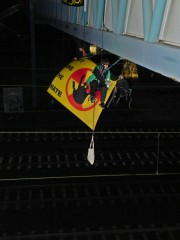 cecile-lecomte_l-ecureil_Hambourg_train-radioactif_Areva.jpg