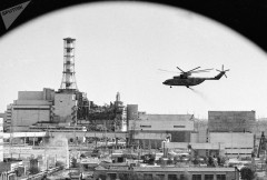 Tchernobyl_centrale-nucleaire-detruite_intervention-helicoptere.jpg