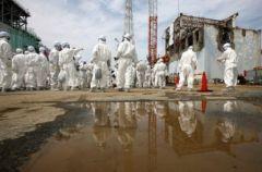 2012-11-01_fukushima-decontamination-et-dedommagements--100-mds-euros_site-nucleaire-detruit_1.jpg