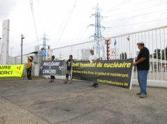 2013-06-19_Stop-Tricastin_Areva_CAN84_SDN_Greenpeace_blocage_transport-nucleaire_02.JPG
