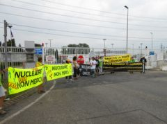 2013-06-19_Stop-Tricastin_Areva_CAN84_SDN_Greenpeace_blocage_transport-nucleaire_07.JPG