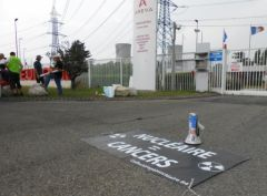 2013-06-19_Stop-Tricastin_Areva_CAN84_SDN_Greenpeace_blocage_transport-nucleaire_13.JPG