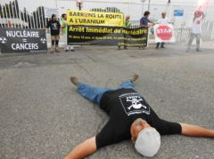 2013-06-19_Stop-Tricastin_Areva_CAN84_SDN_Greenpeace_blocage_transport-nucleaire_14.JPG