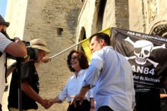 2013-07-07_CAN84_Festival-Avignon_contre-inauguration_Off___40_.jpg