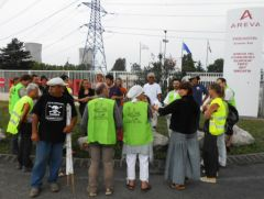 2013-06-19_Stop-Tricastin_Areva_CAN84_SDN_Greenpeace_blocage_transport-nucleaire_03.JPG